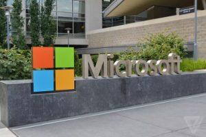 مايكروسوفت تعتزم تسريح آلاف الموظفين