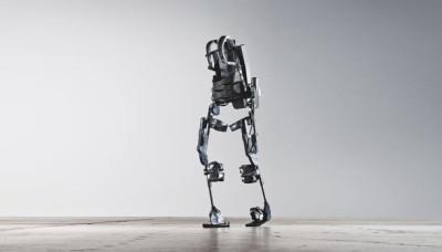 روبوتات ذكية لذوي الإعاقة