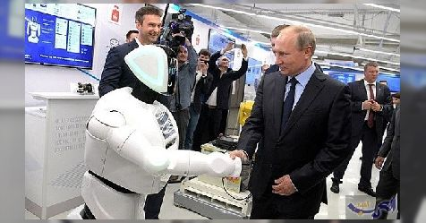 """عندما يسأل """"الرئيس"""": متى ستأكلنا الروبوتات؟"""