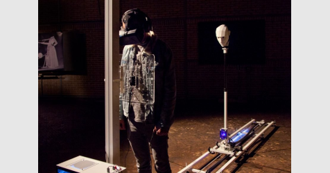 """جهازا يحاكي تجربة """"الموت"""" باستخدام الواقع الافتراضي"""