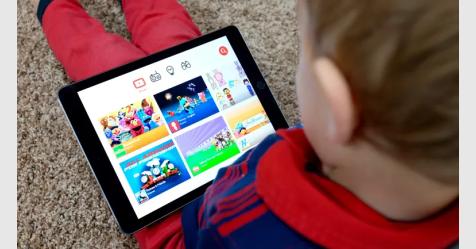 يوتيوب يعلن خطة لحماية الأطفال من المحتوى غير المناسب