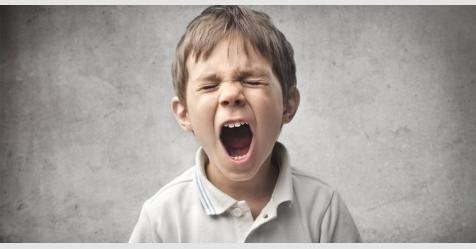 خطر الهواتف الذكية على الصحة النفسية للأطفال