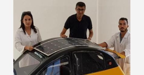 مهندسان مغربيان يطوران مكيف سيارة يعمل بالطاقة الشمسية